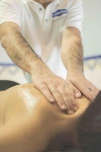 massage-1071130_960_720-200x300
